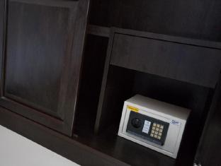 91 Residence Patong Beach Phuket - Safety box in room