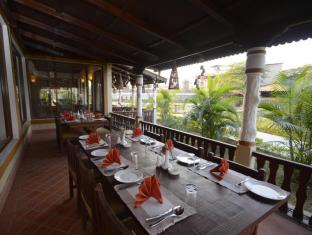 Green Park Resort Chitwan Chitwan - Restaurante