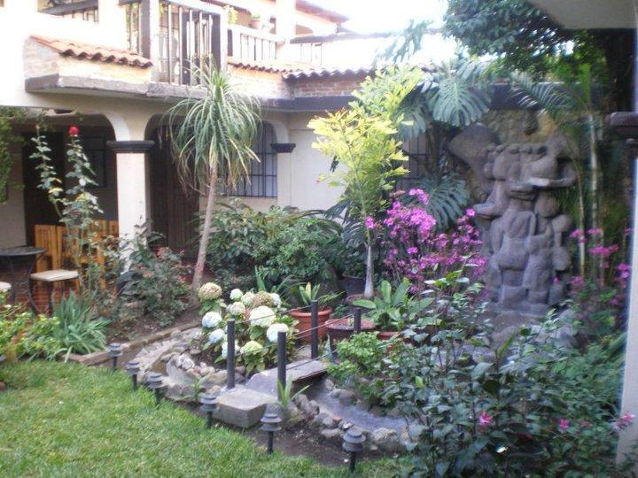 Hotel Las Camelias Inn - Hotels and Accommodation in Guatemala, Central America And Caribbean