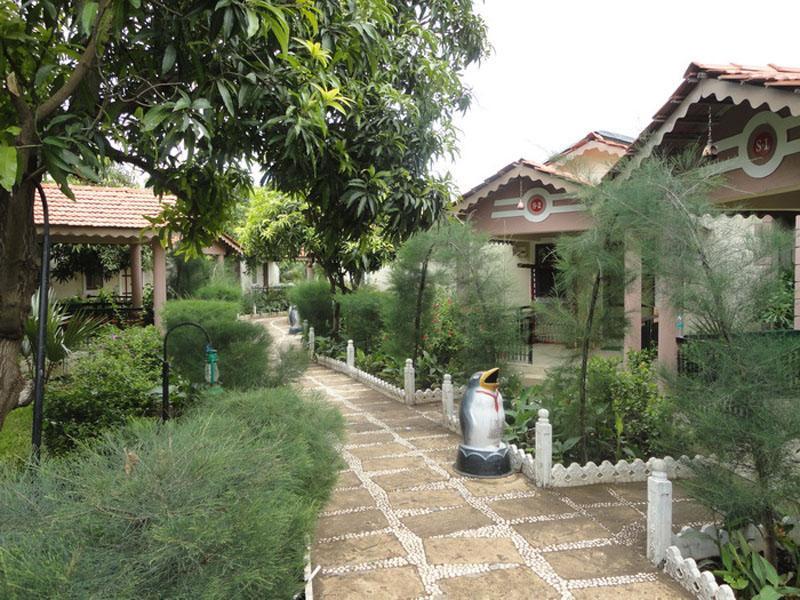 Saavaj Resort - Sasan Gir