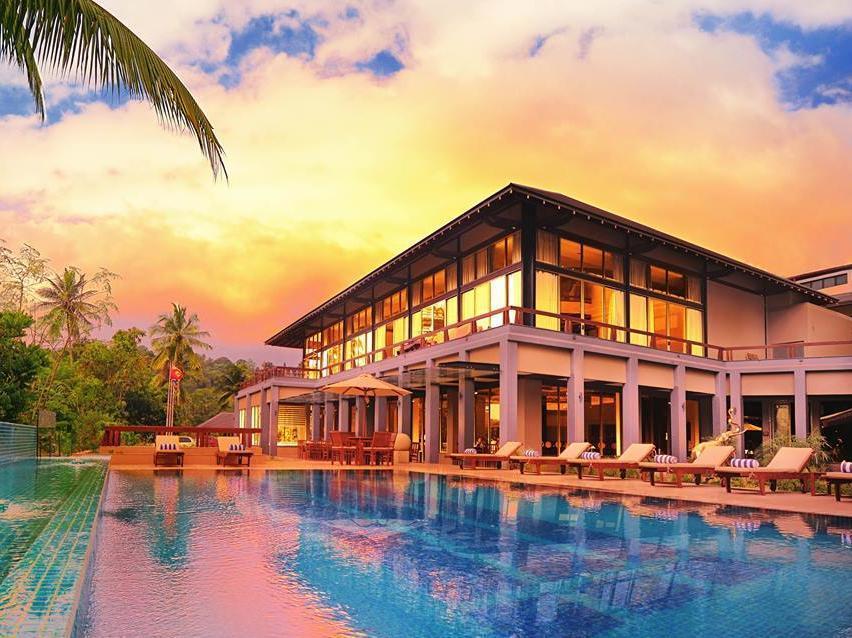 Earls Regent Hotel Kandy