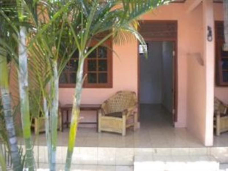 Desi Bungalow - Hotels and Accommodation in Indonesia, Asia