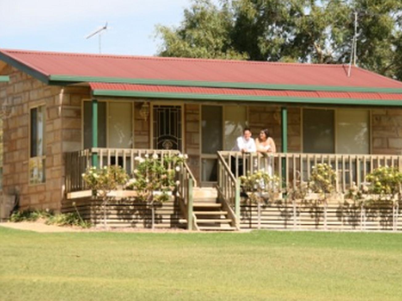 Carolynnes Cottages - Hotell och Boende i Australien , Naracoorte