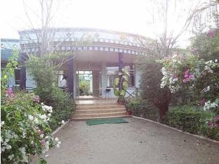 United 21 Jungle Resort