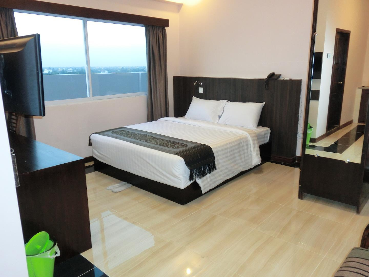 Hotel Yankin - Hotels and Accommodation in Myanmar, Asia