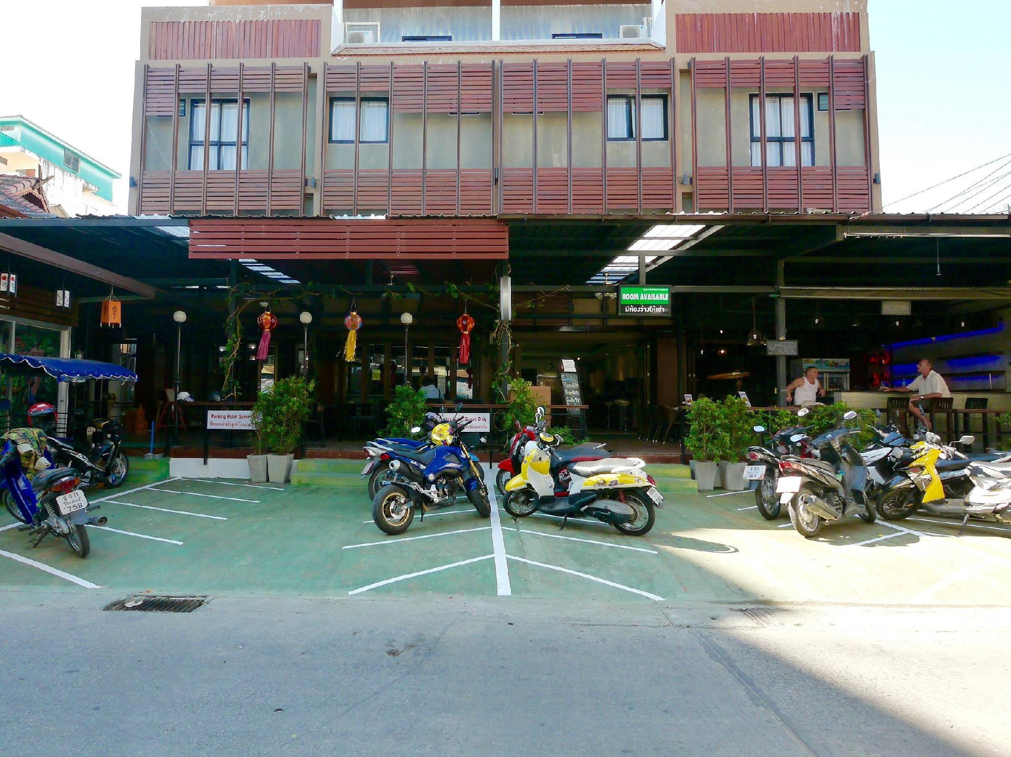 Basic Line Hotel at Loikroh - Hotels and Accommodation in Thailand, Asia