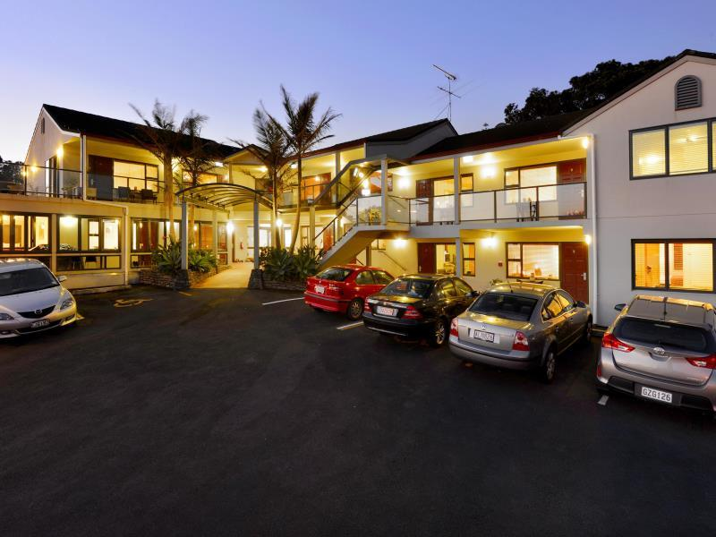 Whangaparaoa Lodge Motel - Hotels and Accommodation in New Zealand, Pacific Ocean And Australia
