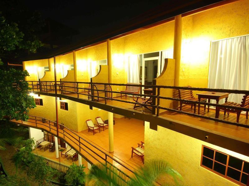 Laluna Ayurveda Resort - Hotels and Accommodation in Sri Lanka, Asia