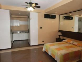 Phil Kansai Global Ventures Hotel Angeles / Clark - VIP Room