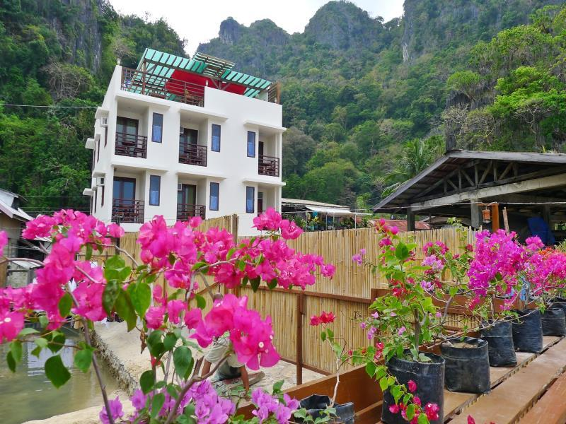 Dayunan El Nido Tourist Inn - Hotels and Accommodation in Philippines, Asia