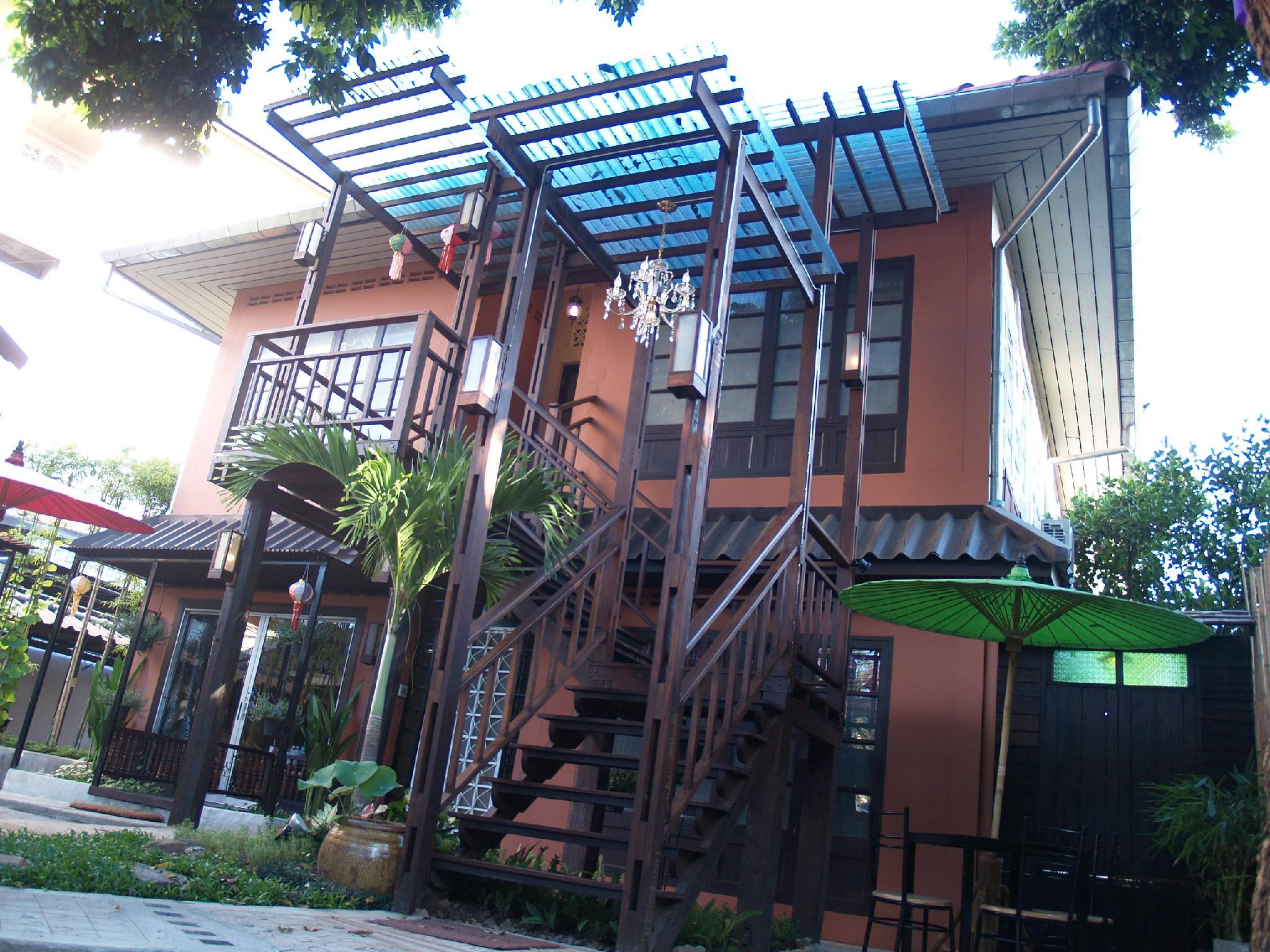 Sirikamsan House - Hotels and Accommodation in Thailand, Asia