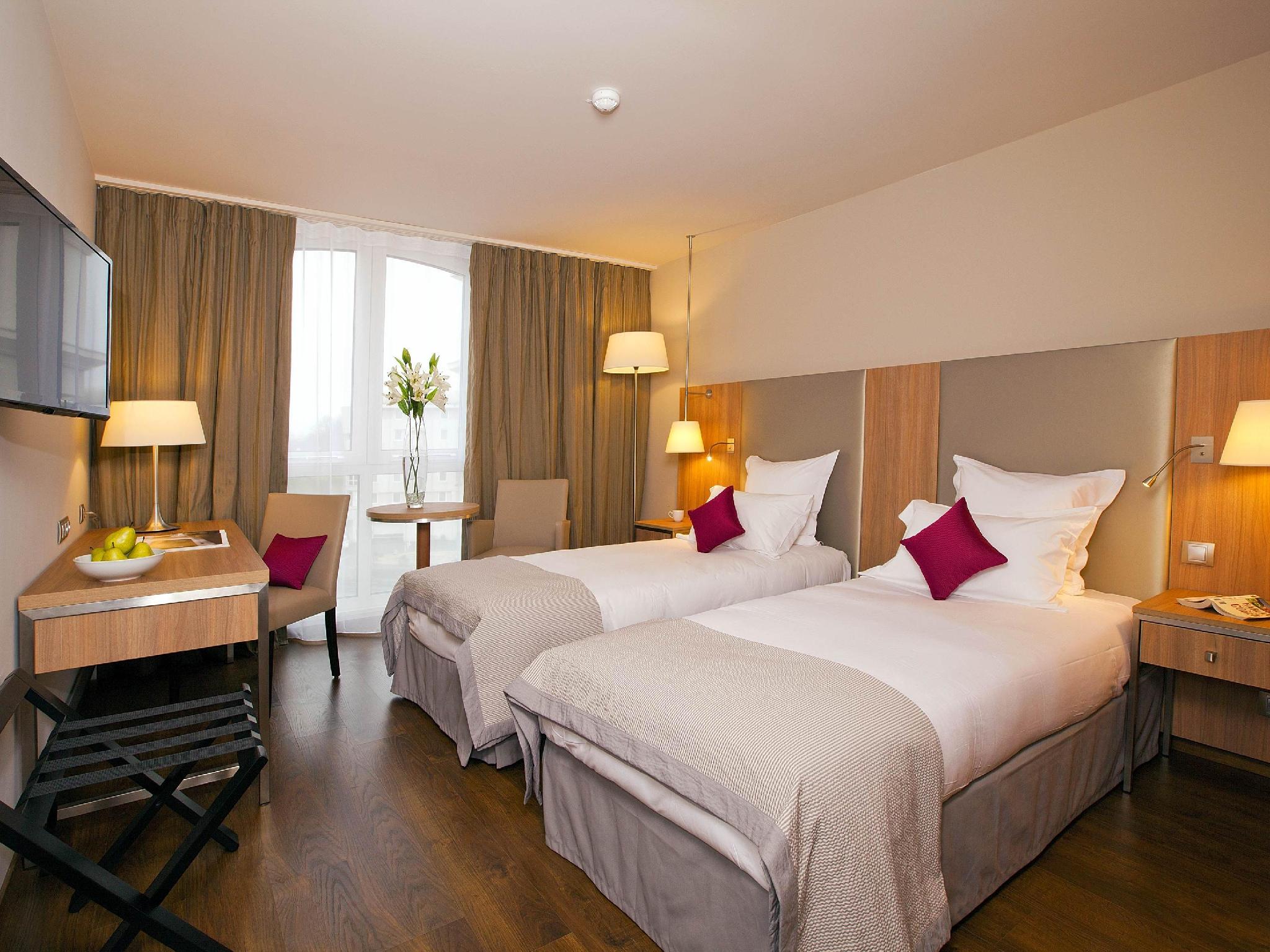 Residhome Roissy-Park - Hotell och Boende i Frankrike i Europa