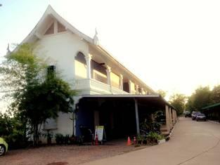 Dao Chay Hotel - Hotels and Accommodation in Laos, Asia