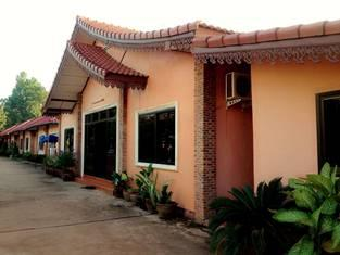 Phetthavone Guesthouse - Hotels and Accommodation in Laos, Asia