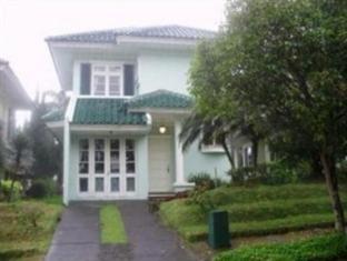 Puncak Resort Villa Tretes