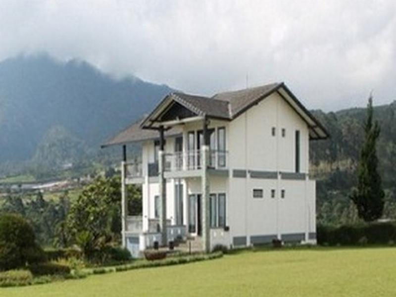 Villa C2 Lembang - Hotels and Accommodation in Indonesia, Asia