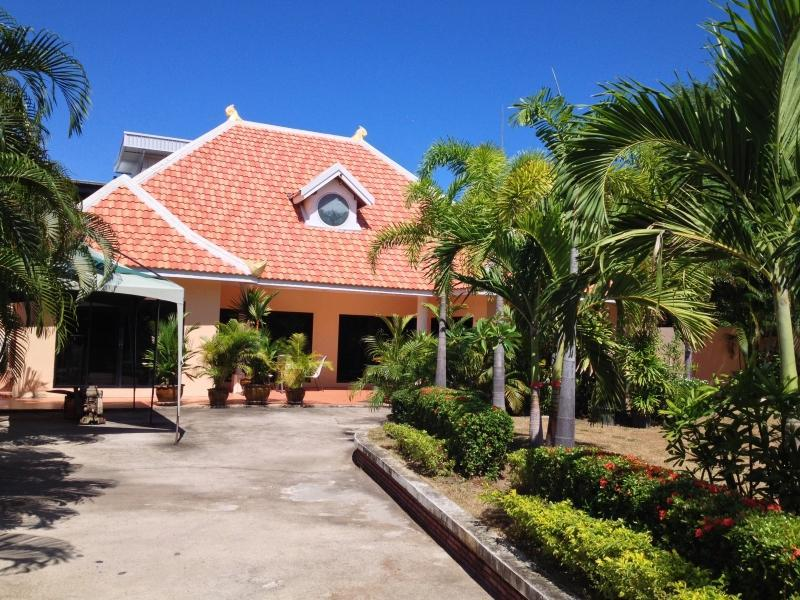 Arunothai House Pool Villa Phratumnak Hill - Hotels and Accommodation in Thailand, Asia