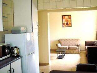 Divine Mews Guesthouse Durban - Kitchenette Area