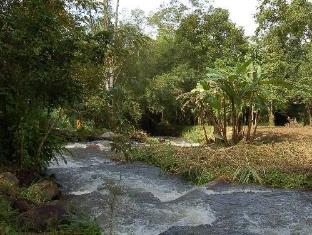 ชลาไมย รีสอร์ท (Charamai Resort)