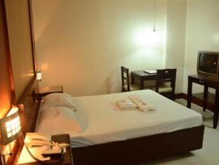 Winston Hotel Manila - Hotellihuone