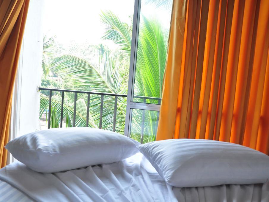 Hotel Aradhana - Hotels and Accommodation in Sri Lanka, Asia