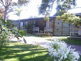 Lazy Acre Log Cabins - Lakes Entrance
