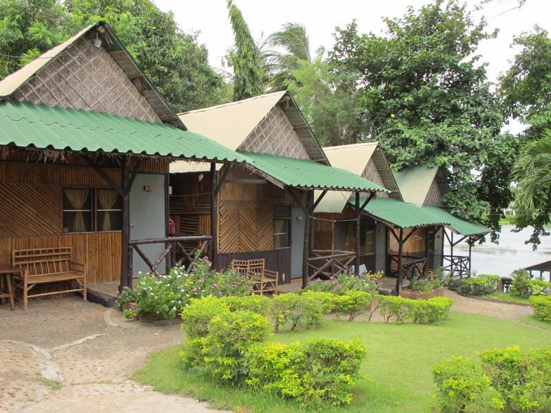 Sugar Cane Guest House 2 - Kanchanaburi