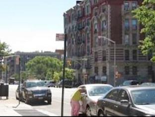 Broadway Deluxe B Apartment