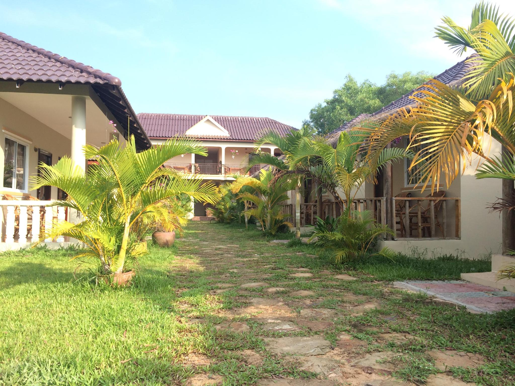The MoonFlower Bungalow - Sihanoukville