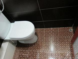 Singapore Hostel Hong Kong - Bathroom