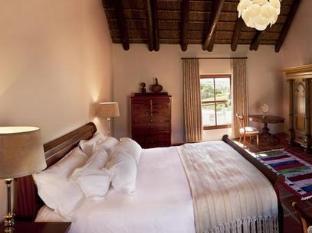 Aaldering Vineyards and Wines Luxury Lodges Stellenbosch - Guest Room Interior