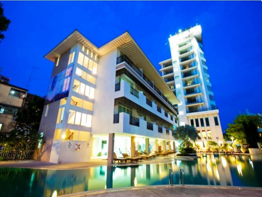 Pattaya Discovery Chic Tower Beach Hotel - Hotell och Boende i Thailand i Asien