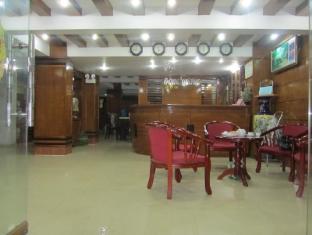 Dong Duong Hotel 董董酒店