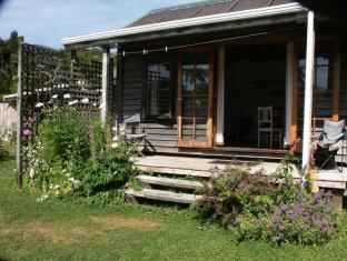 The Innlet Backpackers and Cottages | New Zealand Budget Hotels