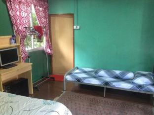 Kuching Cottage Stay Kuching - Konuk Odası