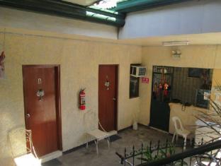 The Seven Archangels Pension House Cebu - Business Center