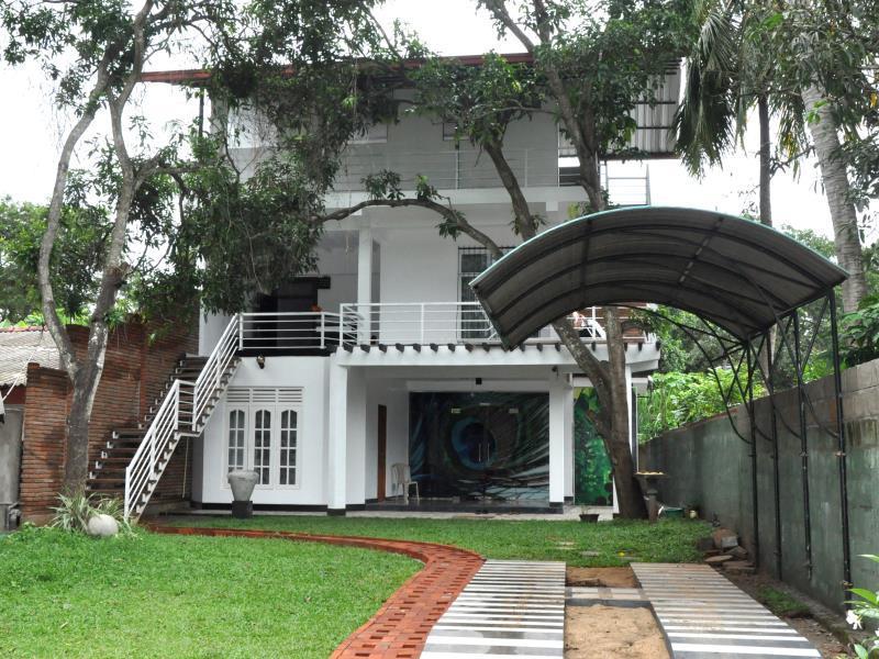 City Resort - Anuradhapura