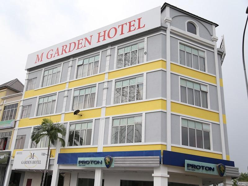 M Garden Hotel