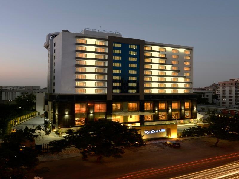 Radisson Blu Hotel Ahmedabad - Ahmedabad