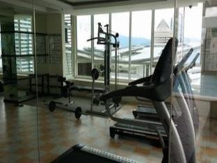 Park View Stay at KLCC Apartments Kuala Lumpur - Fitness Centre in KL Homestay