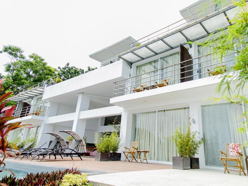 オーシャン スイーツ ボホール ブティック ホテル (Ocean Suites Bohol Boutique Hotel)