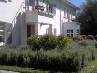 Beauclair Guest Cottage Stellenbosch - Exterior View