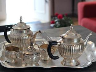 Beauclair Guest Cottage Stellenbosch - Tea and coffee tray