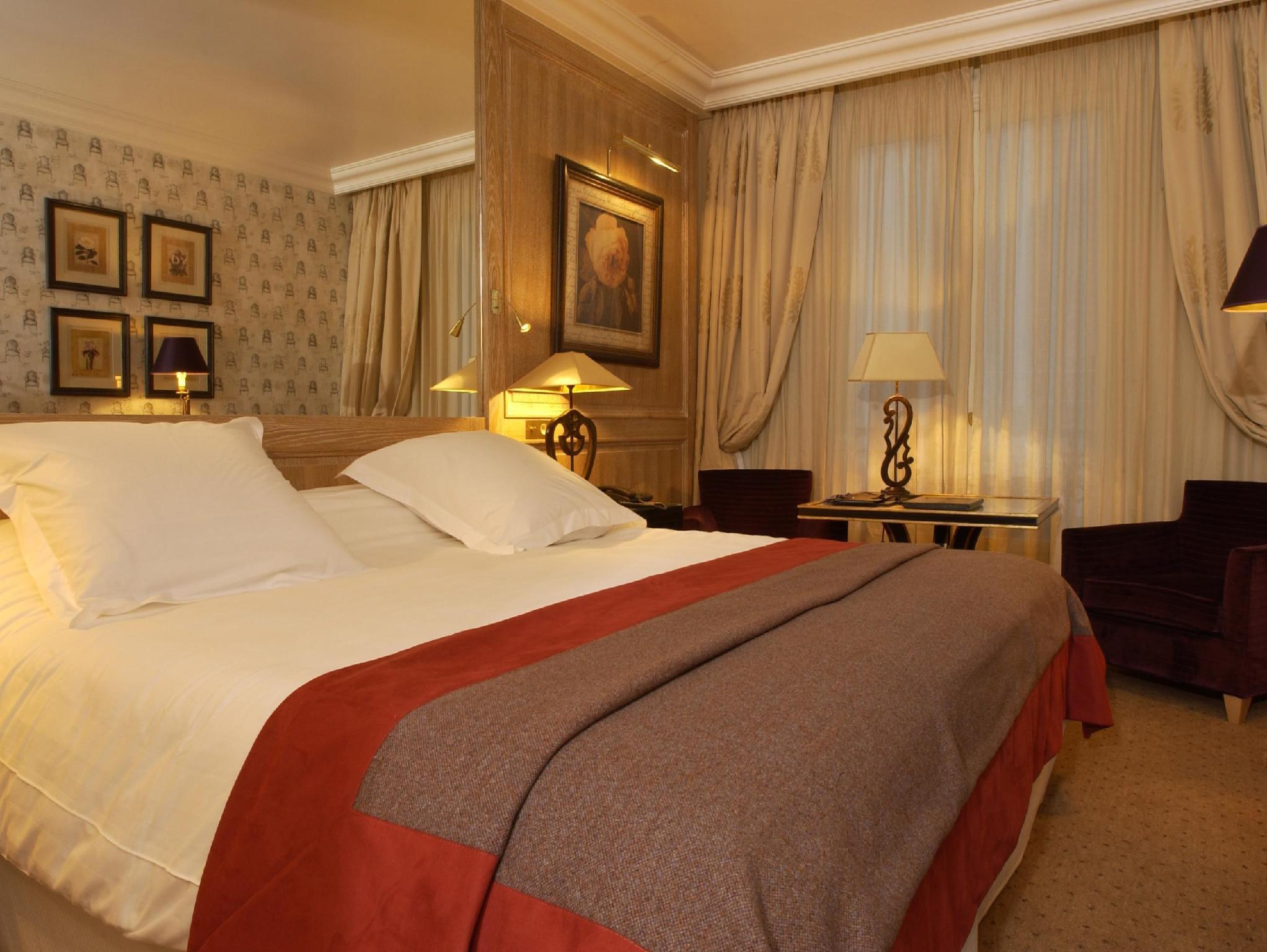 アマアラント シャンゼリゼ ホテル