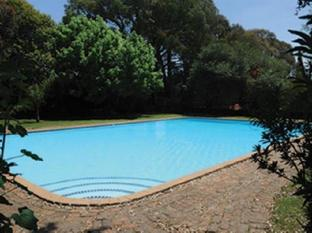 South Africa Hotel Accommodation Cheap   Pool Area