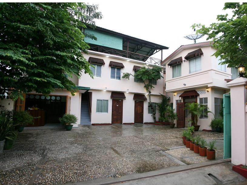 Hotel June Business Bed Breakfast - Hotels and Accommodation in Myanmar, Asia