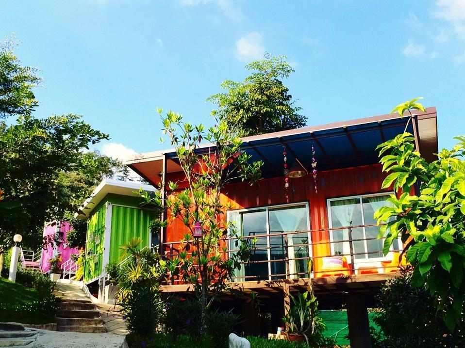 Hi Cube Resort at Suanphung - Hotell och Boende i Thailand i Asien