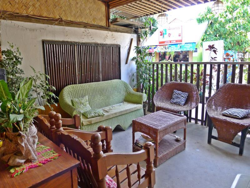 Casa Carlota Pension - Hotels and Accommodation in Philippines, Asia