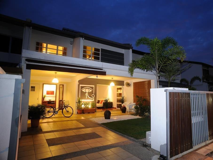 TTDI Holiday Homes - Hotels and Accommodation in Malaysia, Asia