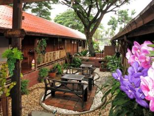 ruanmai resort and spa